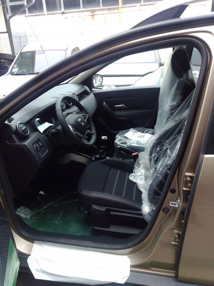 Dacia Duster interni