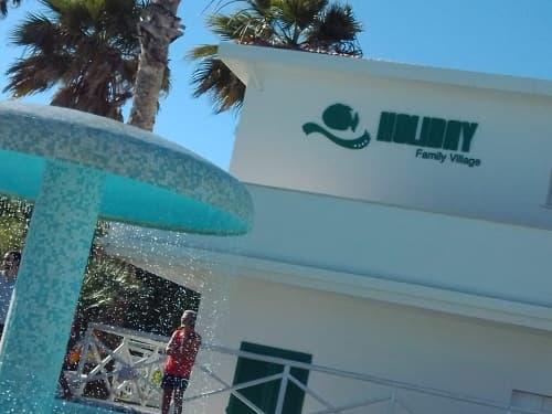 piscina Holiday Family Village